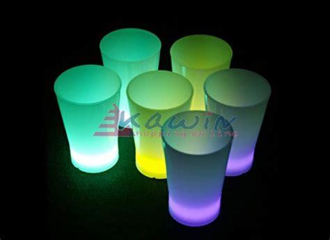 bicchieri luminosi bicchierini bicchieri luminosi starlight 6pz prodotti per