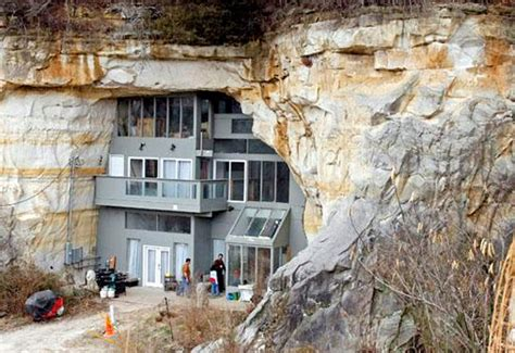 1001places fascinating underground homes