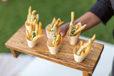Budget Wedding Appetizers by 25 Best Ideas About Wedding Reception Appetizers On