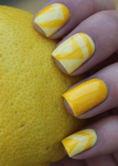 cool yellow acrylic nail design ideas