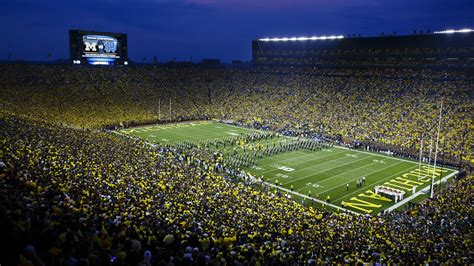 Michigan Records Michigan Notre Dame Sets New American Football Attendance Record Sbnation