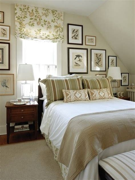 Decorating Ideas For Bedroom With Slanted Ceiling 17 Best Ideas About Angled Ceiling Bedroom On