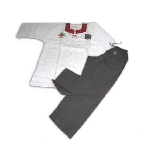 Baju Latihan Silat pencak silat merpati putih kurikulum pendidikan dan latihan merpati putih