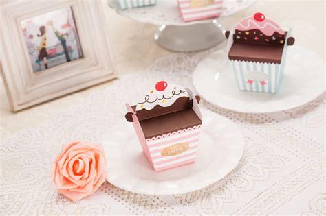 DIY Cupcake / Ice cream Favor Wedding Box // Wedding Favor
