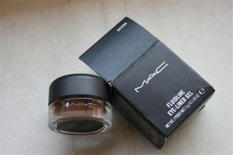 Mac Fluidline Eyeliner mac fluidline eye liner gel dipdown