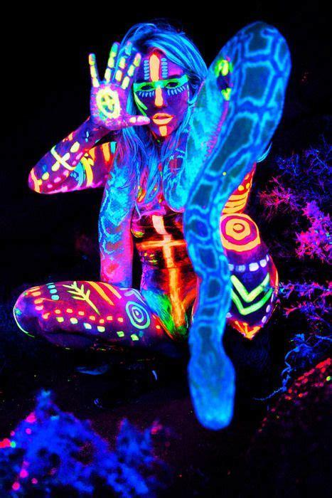 black light reactive paint