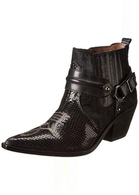 donald pliner boots donald j pliner donald j pliner s suni boot shoes