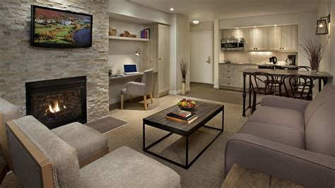 Condos Summit Lodge 1 Brm Suites Deerhurst Resort Muskoka Ontario