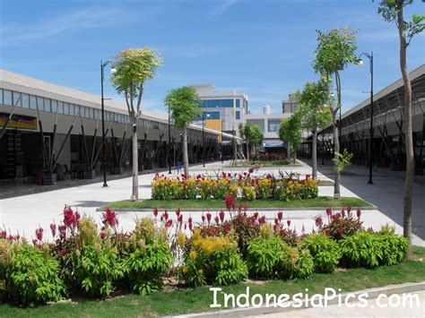 ferry harbour bay harbour bay ferry terminal in batam indonesia pics