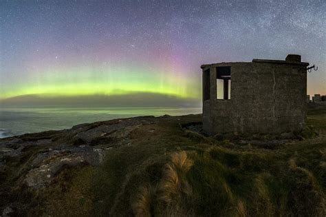 malin head northern lights under donegal s dark skies chasing the northern lights