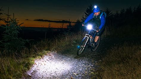 What Is The Best Mountain Bike Light 2017 Comparison