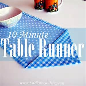 How to sew a ten minute table runner sewing 4 free