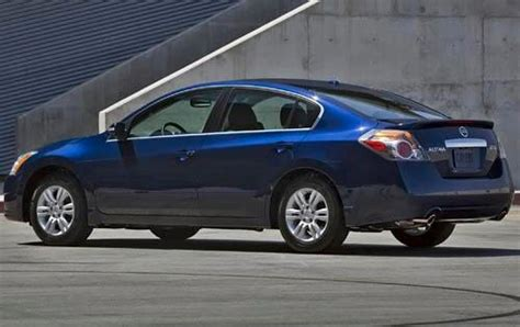 nissan altima hybrid 2010 nissan altima hybrid information and photos