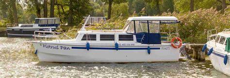 jachty bez patentu weekend 820 ł 243 dź motorowa bez patentu na mazurach ceny i