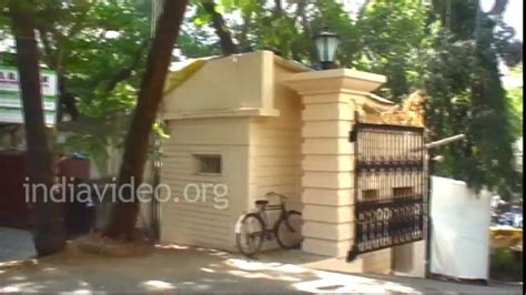 home dilip kumar s house in mumbai