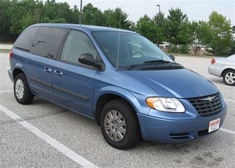 Chrysler Town And Country 2004 by File 2004 Chrysler Town And Country Jpg