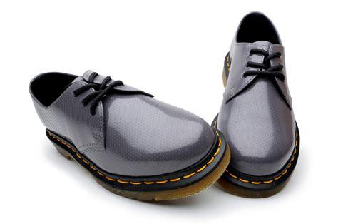 qq shoes dr martens mens shoes 1461 59 qq dot r10085020 grey