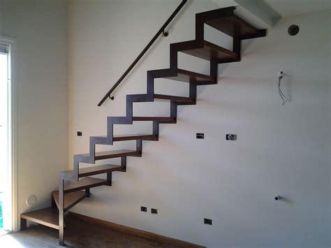 scala da interno scale da interni doppia struttura ad angolo retto modello