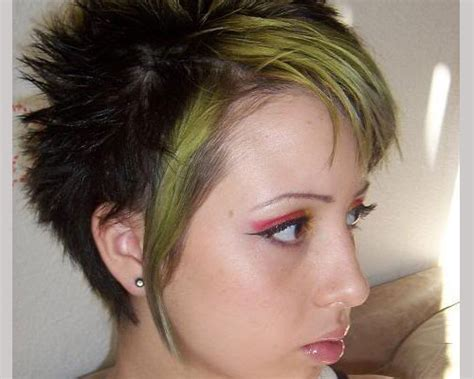 emo hairstyles front and back view short spiky hairstyle for women front and back view