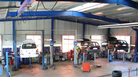 Werkstatt Hebebühne auto mobil gmbh langenargen