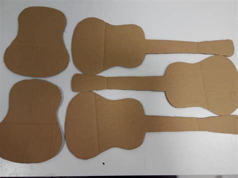 como hacer carabelas de cartn como hacer una guitarra de carton o hacer una guitarra