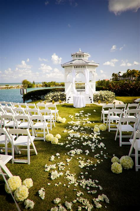 Seaside Florida Keys Wedding Venues   Hawks Cay Resort