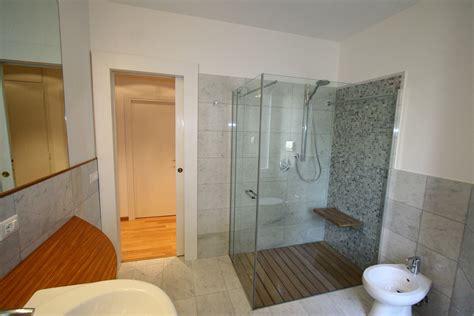 piatto doccia filo pavimento ideal standard casa di cagna piatti doccia filo pavimento prezzi