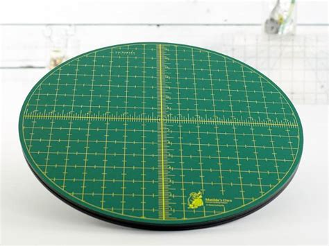 Rotating Cutting Mat For Quilting by Rotating Cutting Mat 15 Quot From Matilda S Own Quilting