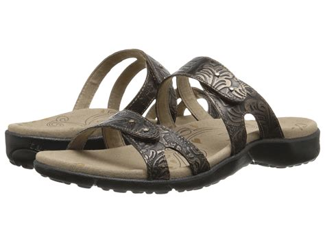 taos sandals sale taos footwear journey at zappos
