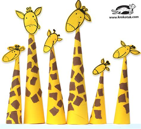 Papercraft Giraffe - krokotak paper giraffes so easy to make