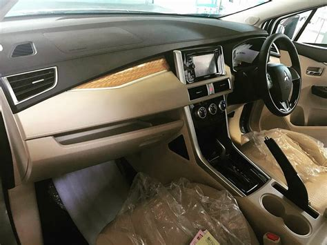 mitsubishi expander seat mitsubishi xpander interior spy shot indian autos blog