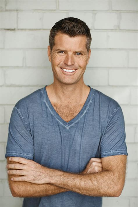Kitchen With Led Lights - at home with pete evans completehome