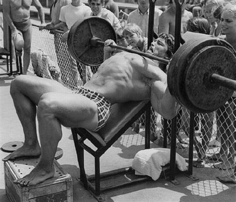arnie bench press bodybuilding chions arnold schwarzenegger memories in