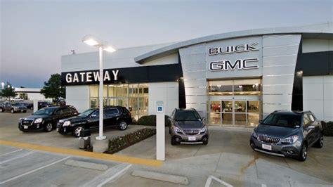 gateway gmc dallas gateway buick gmc 19 photos 21 reviews auto repair
