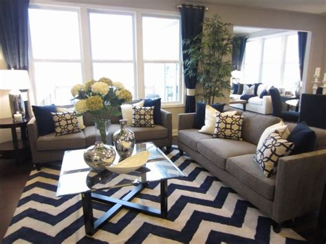 Living Room Decor Grey And Blue 17 Best Ideas About Gray Living Rooms On Grey