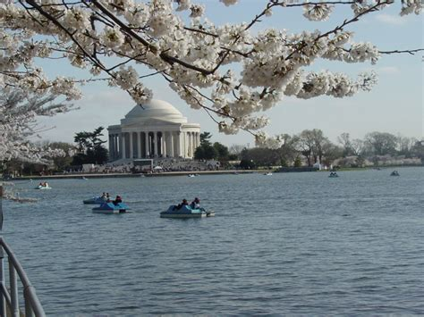 paddle boats jefferson memorial the 10 most searched places to travel in 2016