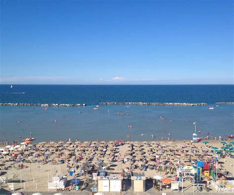 bagno romano spiaggia igea marina bagno igea marina stabilimento