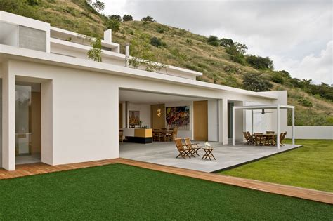 white luxury home design ideas combined with modern modern house exterior color design modern house