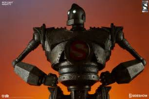 the iron the iron giant the iron giant maquette by sideshow