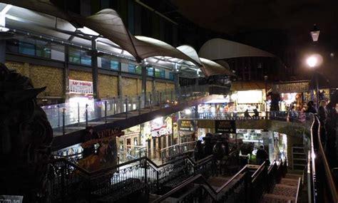 Cq Live Camden Stables Market What Goes Around Comes Around by Camden Town At Camden Town