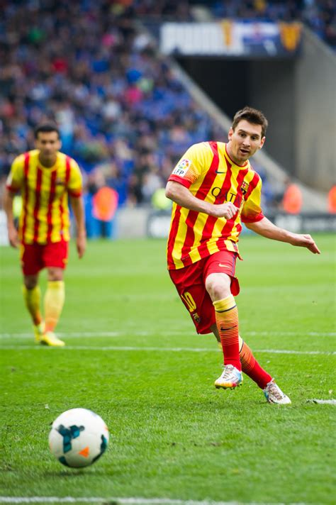 barcelona spanyol rcd espanyol v fc barcelona la liga zimbio