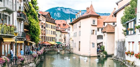 annecy  french fairytale town turned soggy frugal