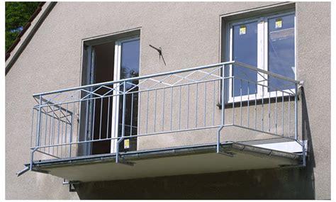Balkonaufbau Mit Dämmung by Balkon Richtig Abdichten Salpeter Auf Balkon Und In