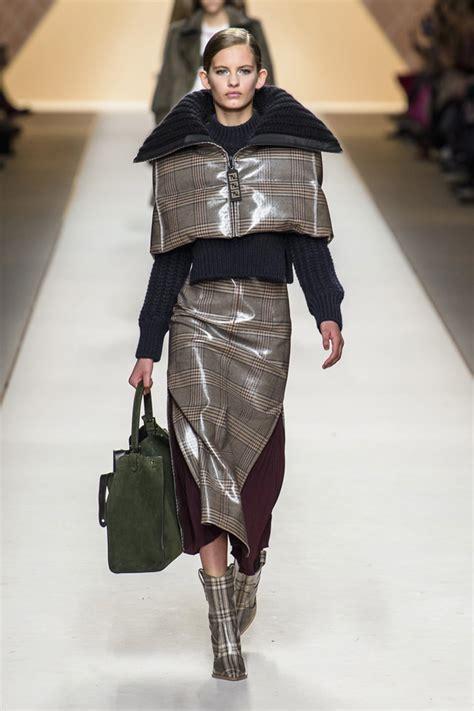 Fendi Kacamata Fashion Wanita 1 milan fashion week fendi fall 2018 collection tom lorenzo