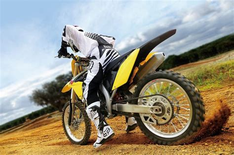 Suzuki 250 Road Bike Suzuki Rm Z250 Bike 2016 Start 1024x682 Bikes Doctor