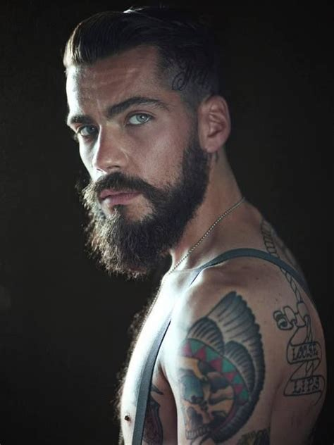 guys with beards and tattoos oooo la la hair bearded boy with stunning blue