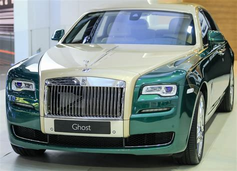 roll royce royce ghost rolls royce brings two new special editions to dubai