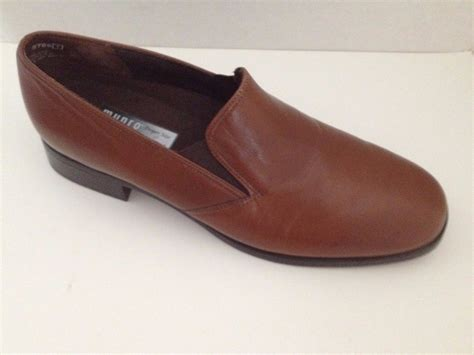 Munro Shoes by Munro Shoes Womens Size 7 M Brown Loafers And 49 Similar Items