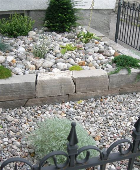 river rock flower bed 40 beautiful and easy diy flower beds to brighten your