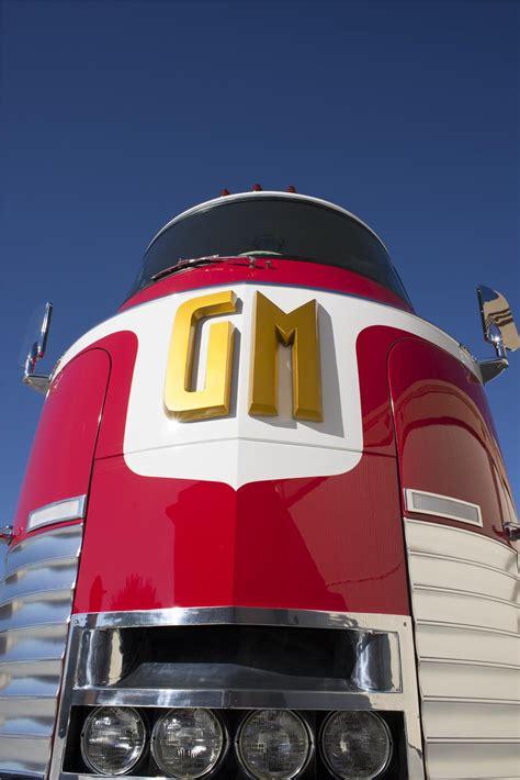 general motors futurliner parade  progress  bus